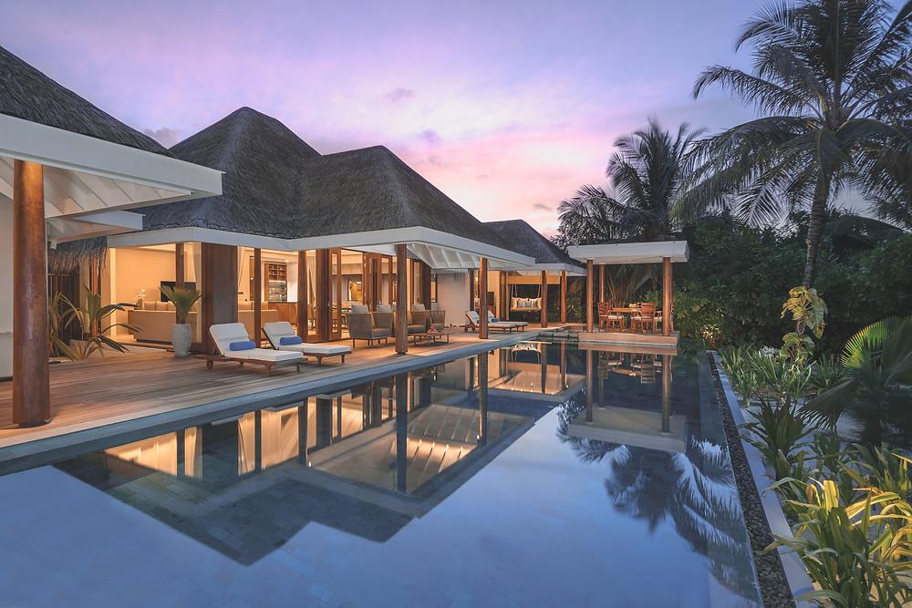 Anantara Kihavah Maldives Two Bedroom Beach Pool Residence outdoor eck