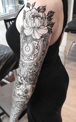 Mandala Arm
