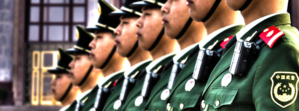 Soldaten am Tiananmen in Peking