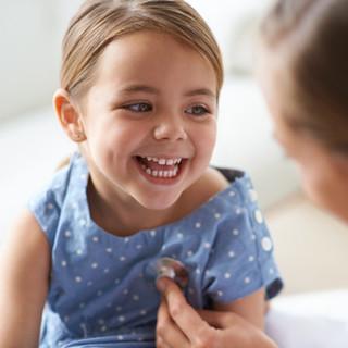 Çocuk doktoru ile çok güzel kız