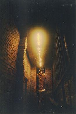 米窟:雞舍旁邊的巷子,曾經是展覽空間.jpg