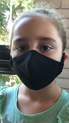 Máscara lisa preta
