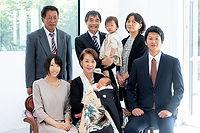 鹿児島でお宮参りの家族写真を撮るならStudio88