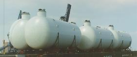 LNG tanks.png