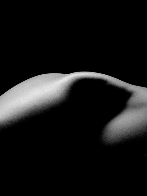 Photography Bodyscape and Nude art  in Bangkok .