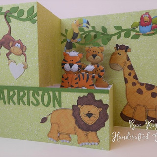 Jungle animals in a 3D square - folds flat
