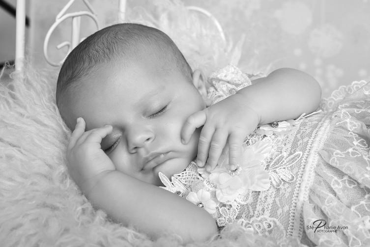 photographe nouveau né sur Aix-en-Provence