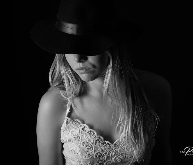 Photographe boudoir femme à Pertuis Vaucluse