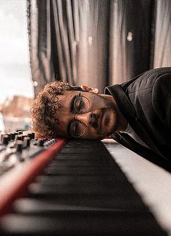 piano-lessons-boring-premierepiano.jpg