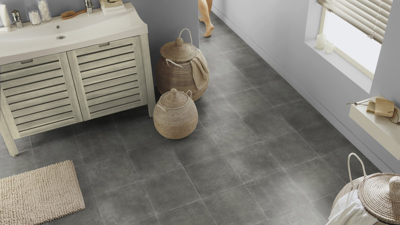 ULTRA TX CONCRETE TILE GRAPHITE 2.jpg