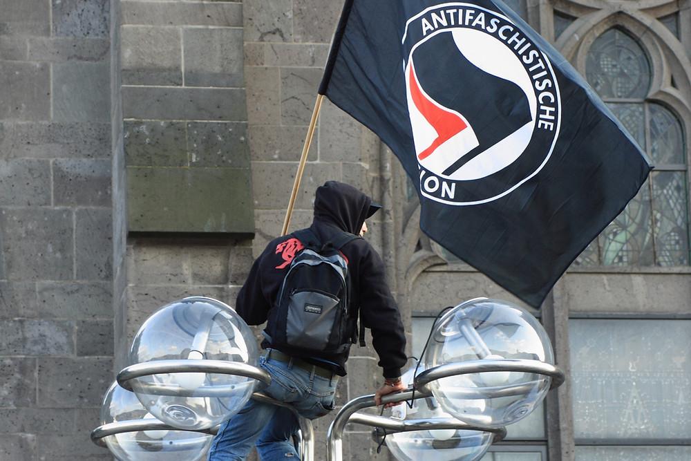 Bandeira antifa alemã