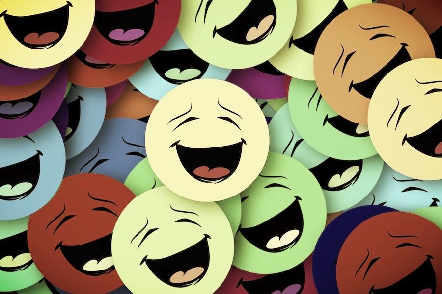 Emicons de risadas