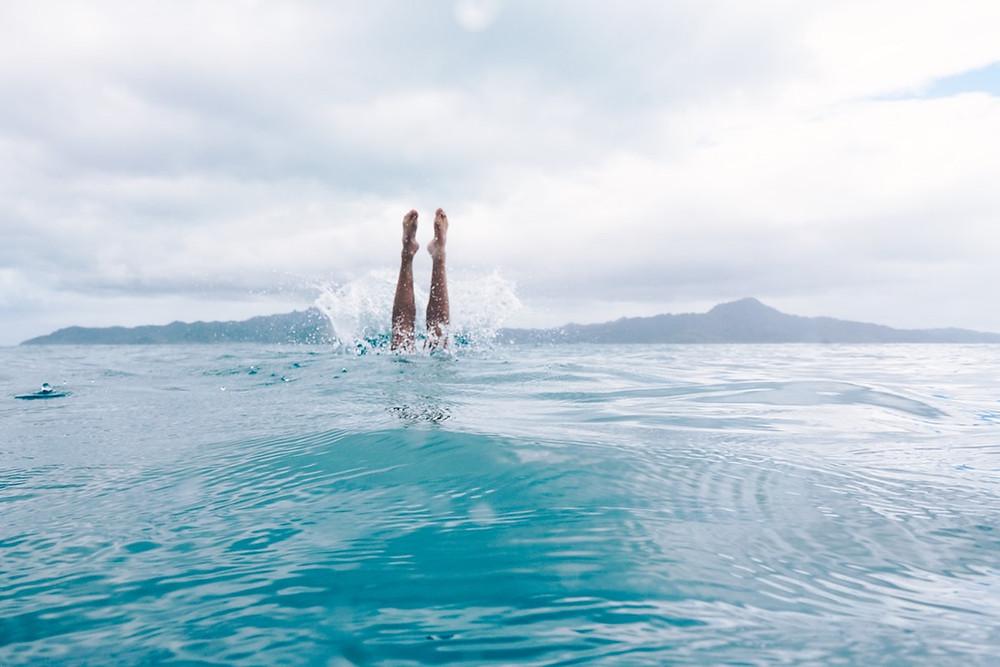 Brincando no mar