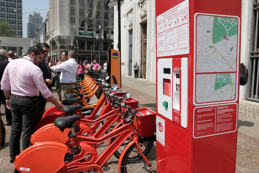 Bicicletas compartilhadas no centro de São Paulo