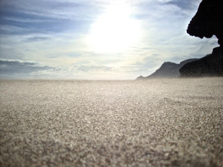   Sand Blown, na Baía de Bridport West, também em Dorset, por Giordano Battistel.