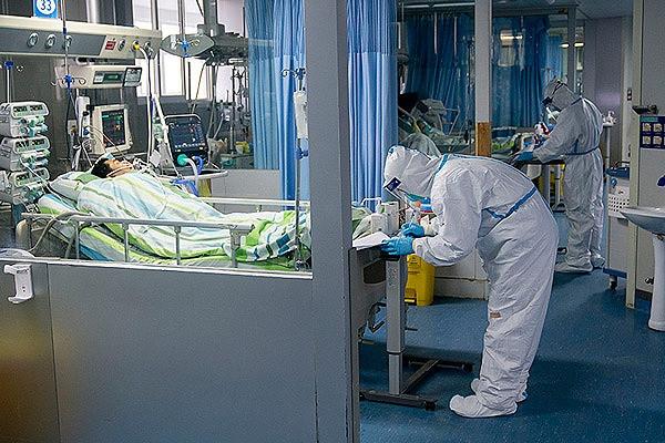 Doente com coronavírus em Wuhan