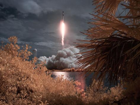 O Falcon 9 corta os céus da Flórida