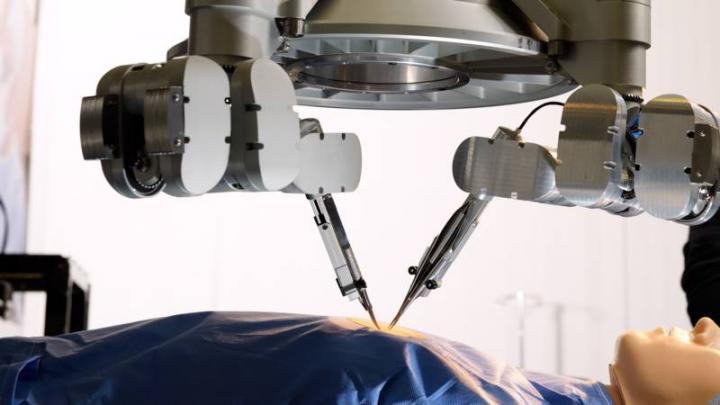 Robô cirúrgico da Microsure