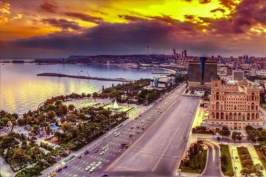 Mar Cáspio e Baku
