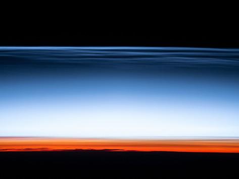 Nuvens brilhantes noturnas: um show de imagem