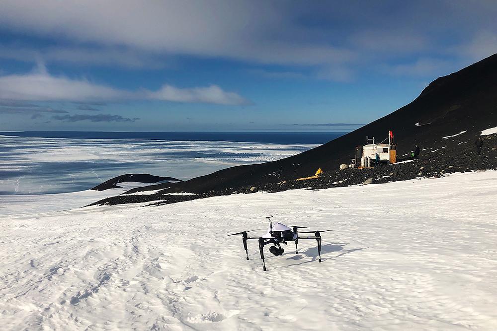 Drone na Antártica