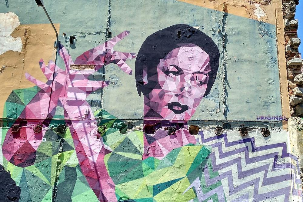 Grafite de mulher