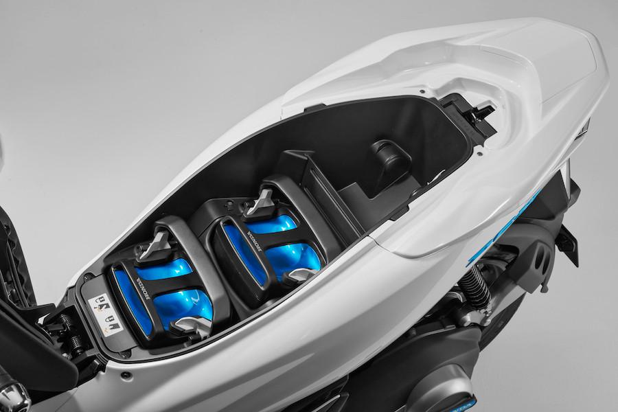 Visão interior da PCX Elecric, da Honda