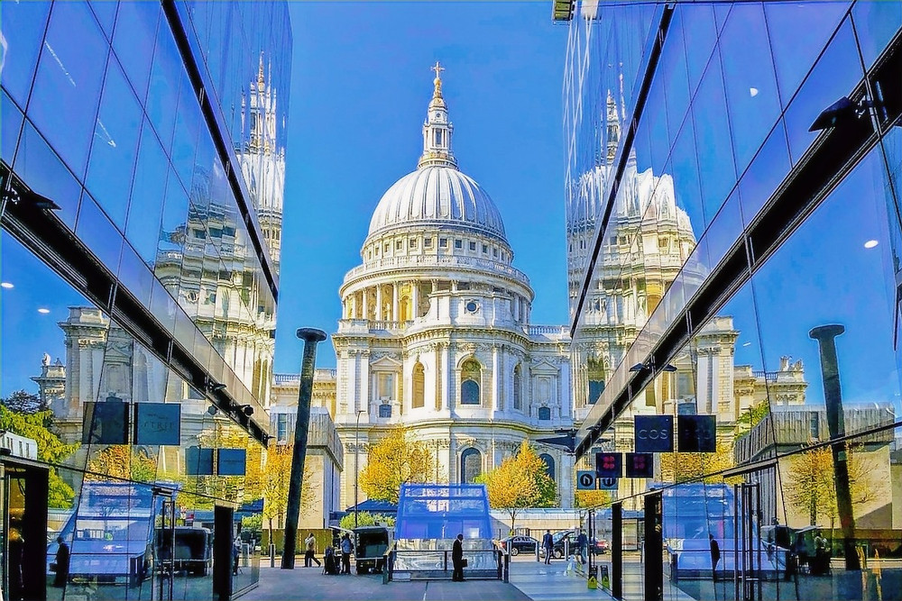 Catedral de St. Paul e shopping em Londres