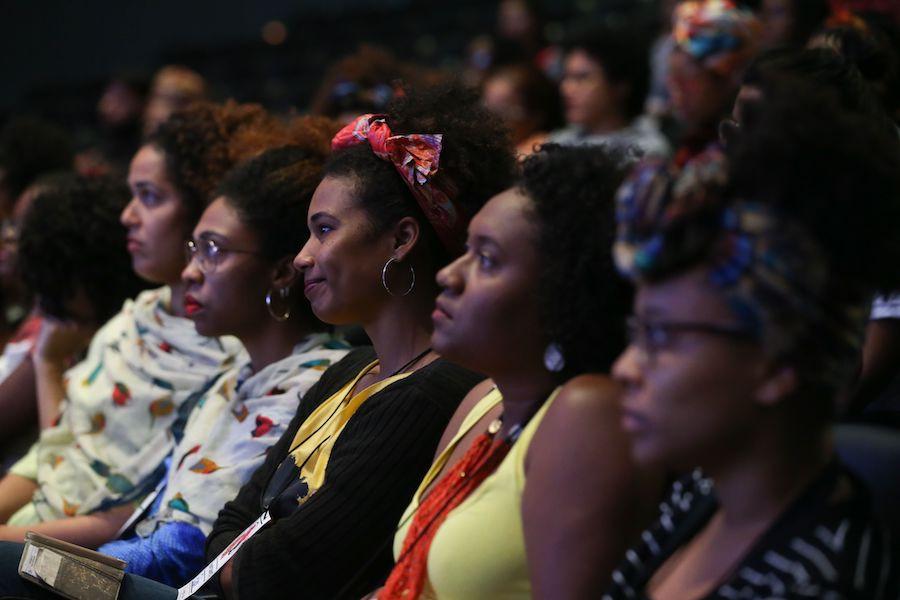 Mulheres negras em evento