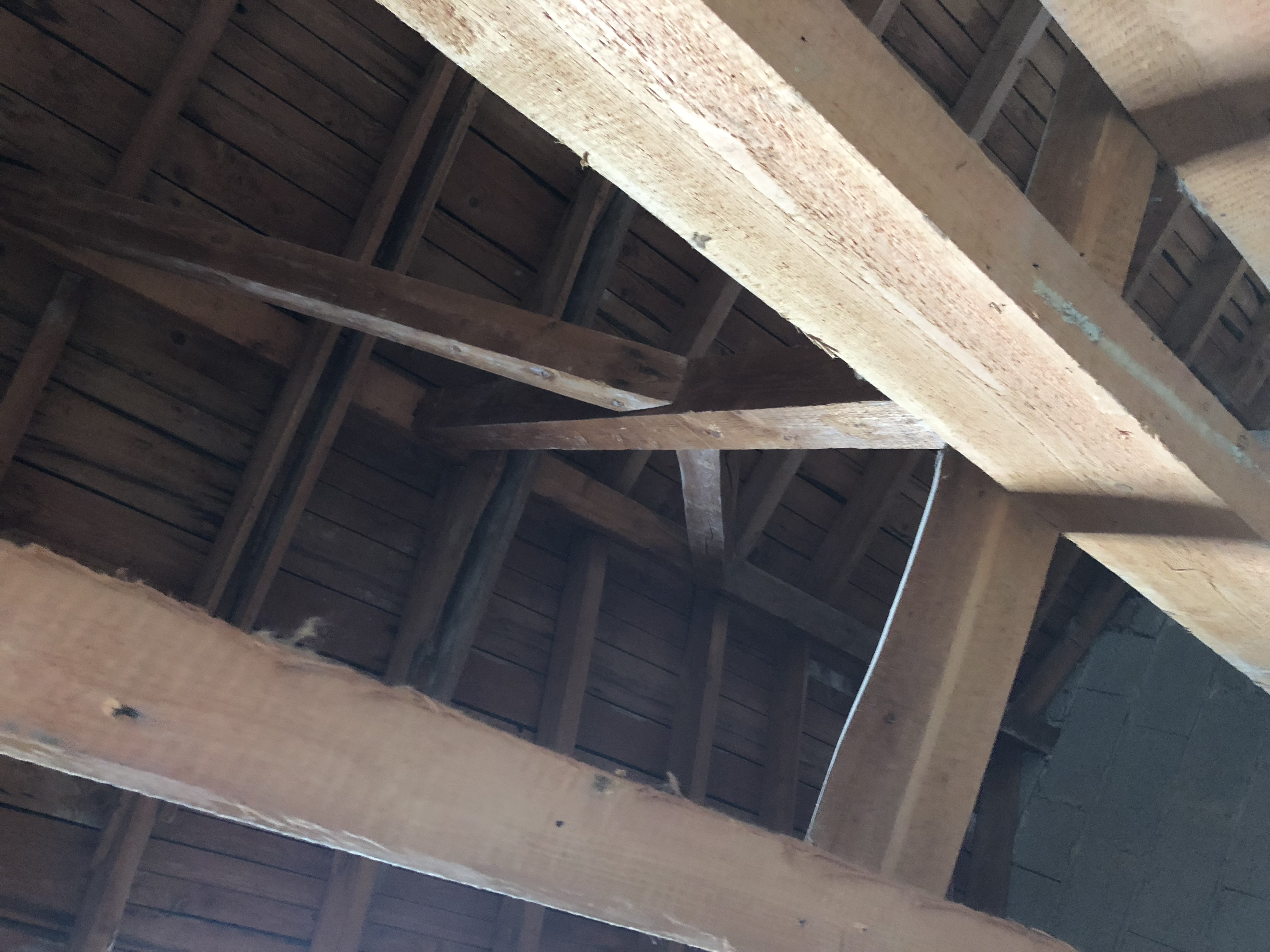 Blick von unten zum Dach