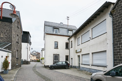Alte Gasstätte und Wohnhaus