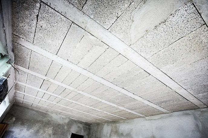 kernsanierung basalt loft. Black Bedroom Furniture Sets. Home Design Ideas