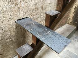 Stufen in Mauer eingelassen
