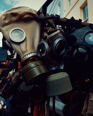 several-leather-gas-masks-950839.jpg