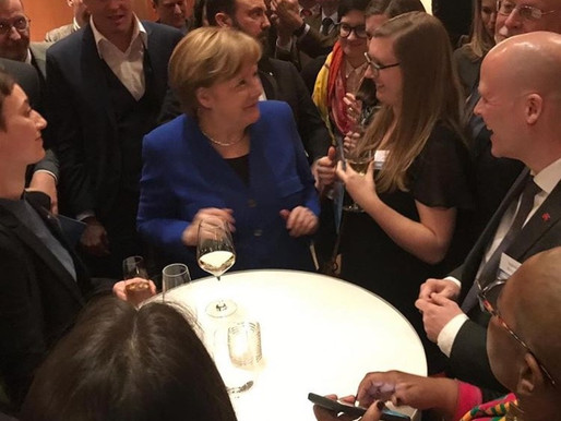Unsere Fremdsprachenassistentin traf Frau Merkel!