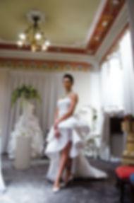 Abito di Antonio Riva presso l'Atelier Corso Mazzini lab sposa