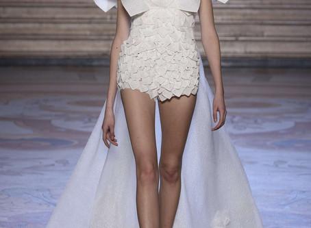 La collezione Couture Primavera / Estate 2020 di Tony Ward