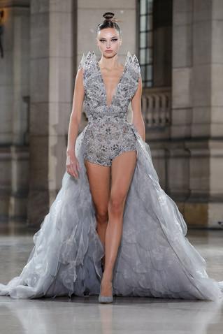 Ispirata alla libellula la nuova collezione Haute Couture di Tony Ward