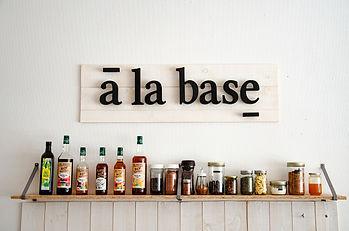 Comptoir_à_la_base_1.jpg