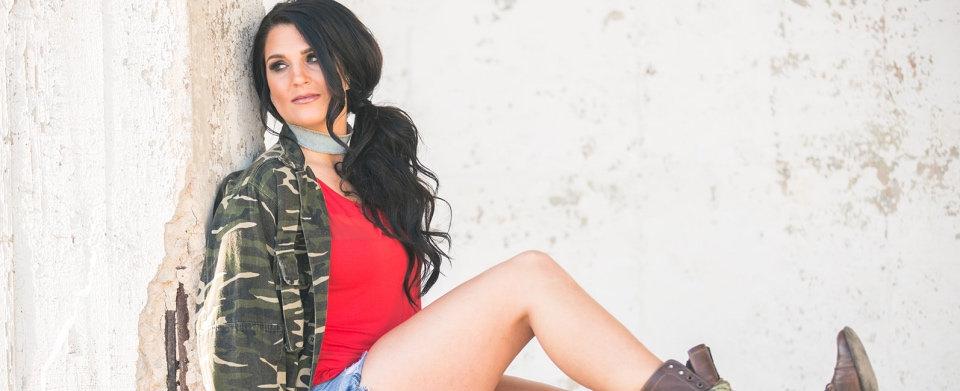Liz Moriondo profile 2.jpg