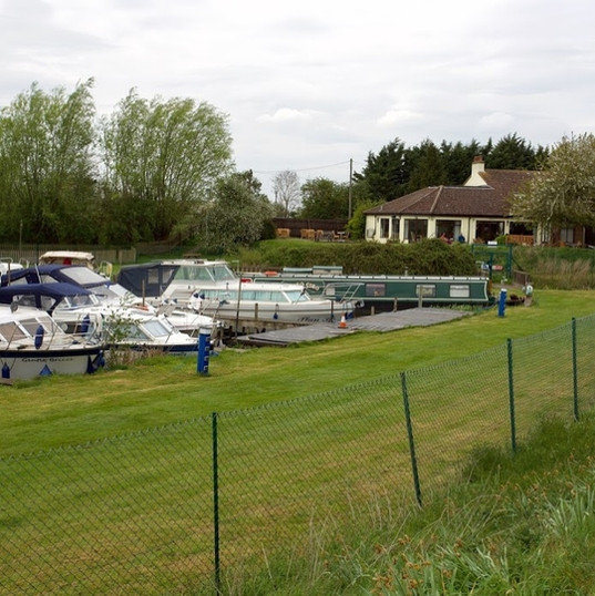 The Moorings and the pub