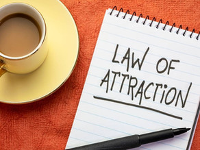 11 Best Law of Attraction Materials on Amazon