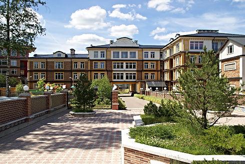 В Азарово находятся два действующих частных детских сада