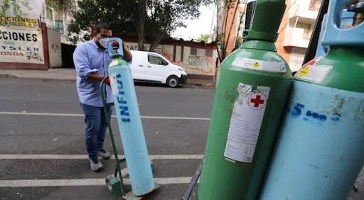 CDMX firma convenio con empresa privada para dar tanques de oxígeno a pacientes covid-19