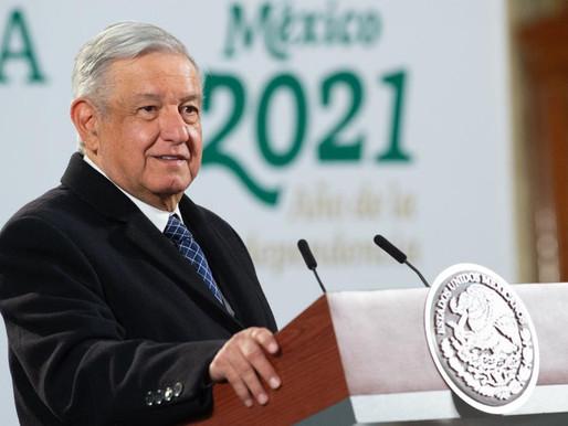 Llama AMLO a Chiapas y Campeche a reabrir escuelas