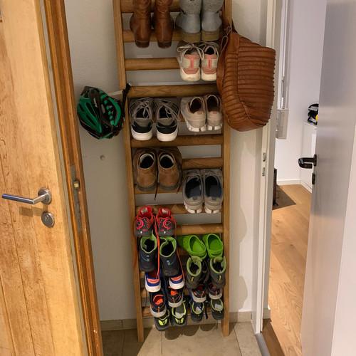 Garderobe Sprossenwand