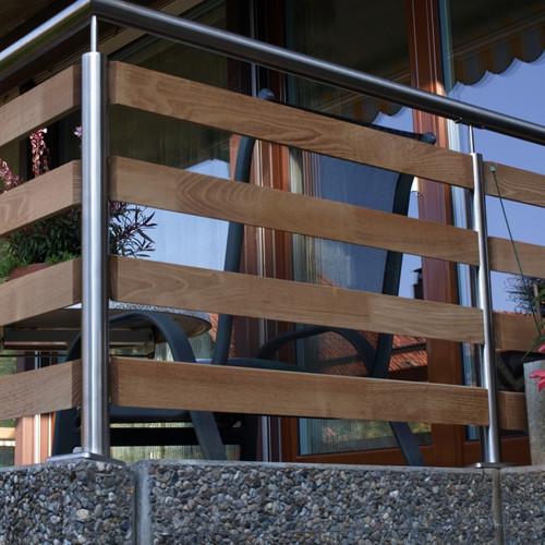 Balkon Geländer und Boden
