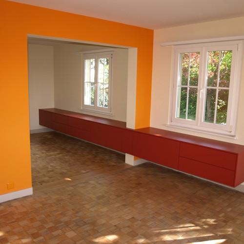 Sideboard rot über zwei Räume