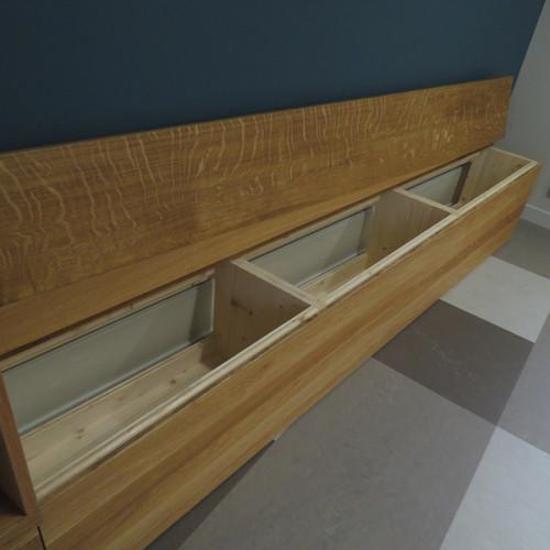 Sideboard mit Sitzbank Eiche massiv, geölt