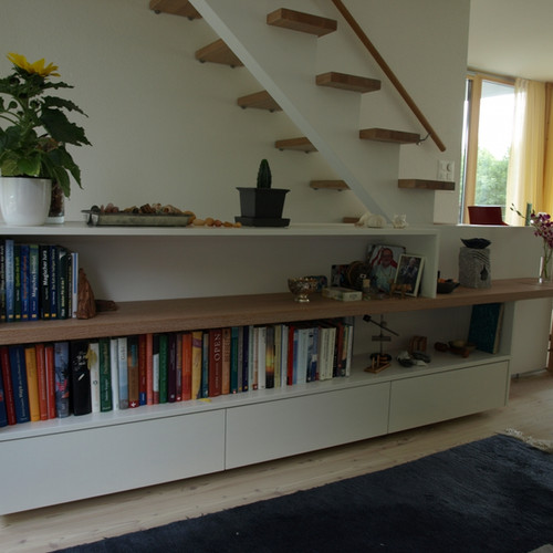 Sideboard unter Treppe